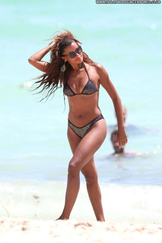 Claudia Jordan No Source Babe Jordan Posing Hot Hot Celebrity