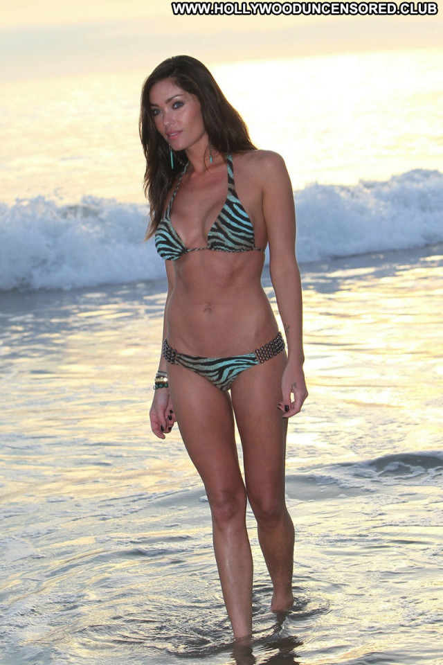 Jasmine Waltz No Source  Posing Hot Babe Photoshoot Beautiful Bikini