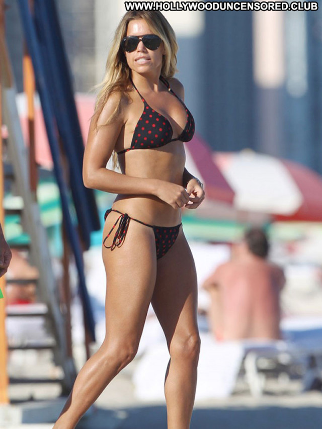 Sylvie Van Der Vaart No Source Celebrity Babe Beautiful Posing Hot