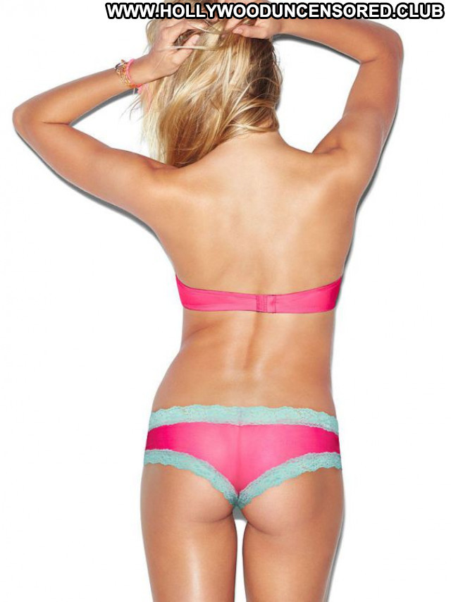 Rachel Hilbert No Source  Beautiful Bikini Celebrity Babe Posing Hot