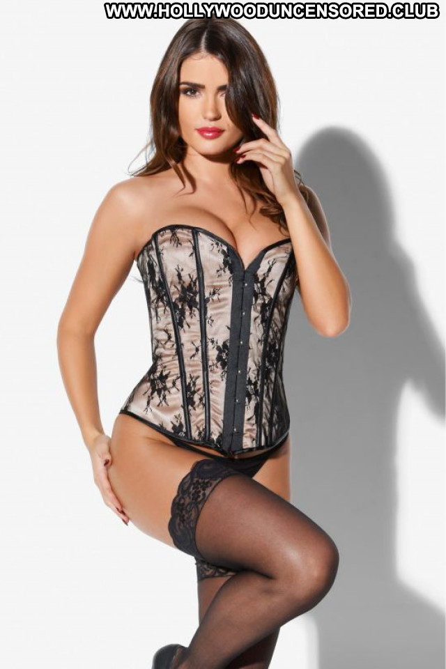 India Reynolds No Source Lingerie Posing Hot Babe Celebrity Beautiful