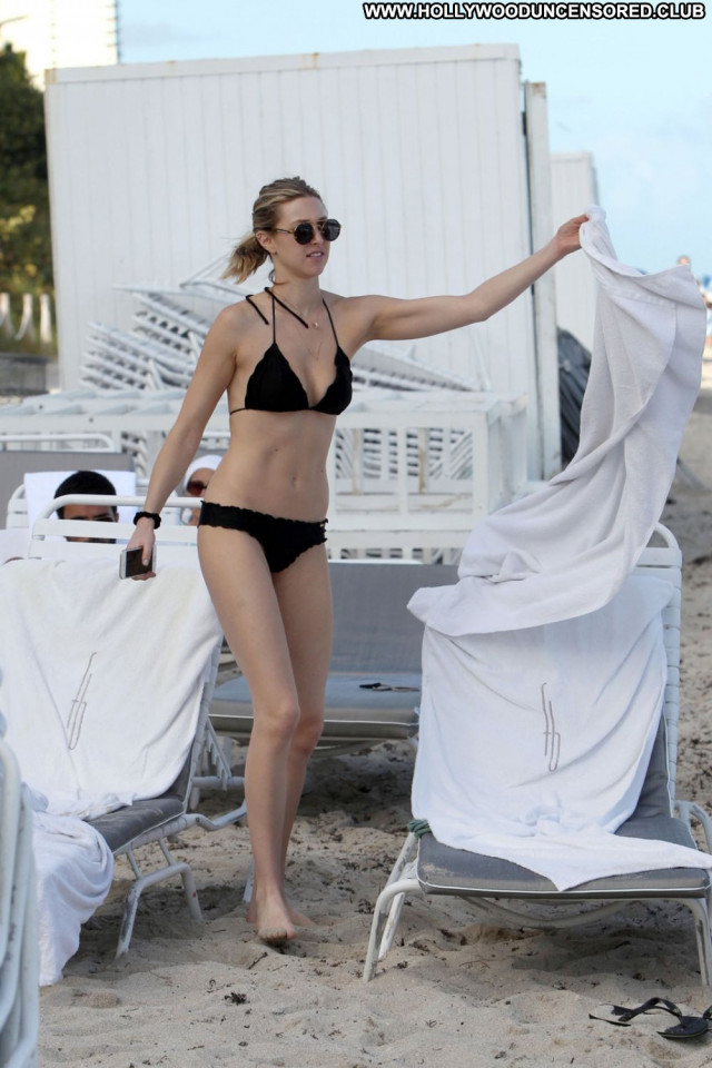 Whitney Port The Beach Celebrity Bikini Beautiful Beach Black Babe