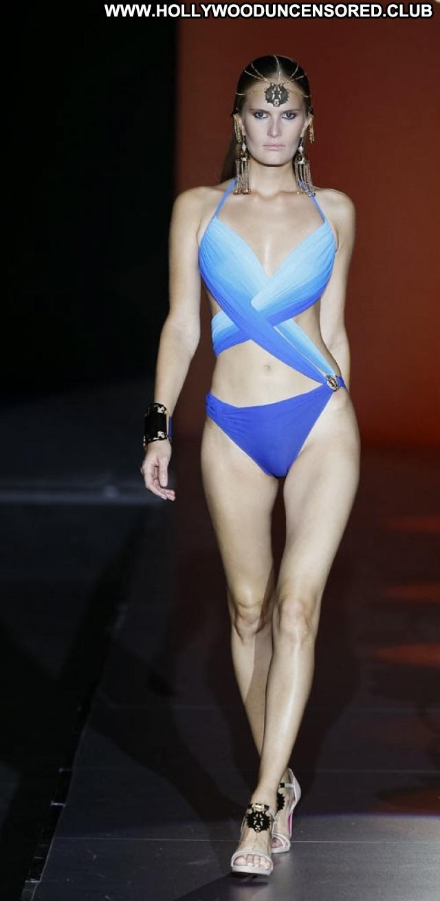 Melissa Satta Mercedes Benz Fashion Week Celebrity Model Fashion
