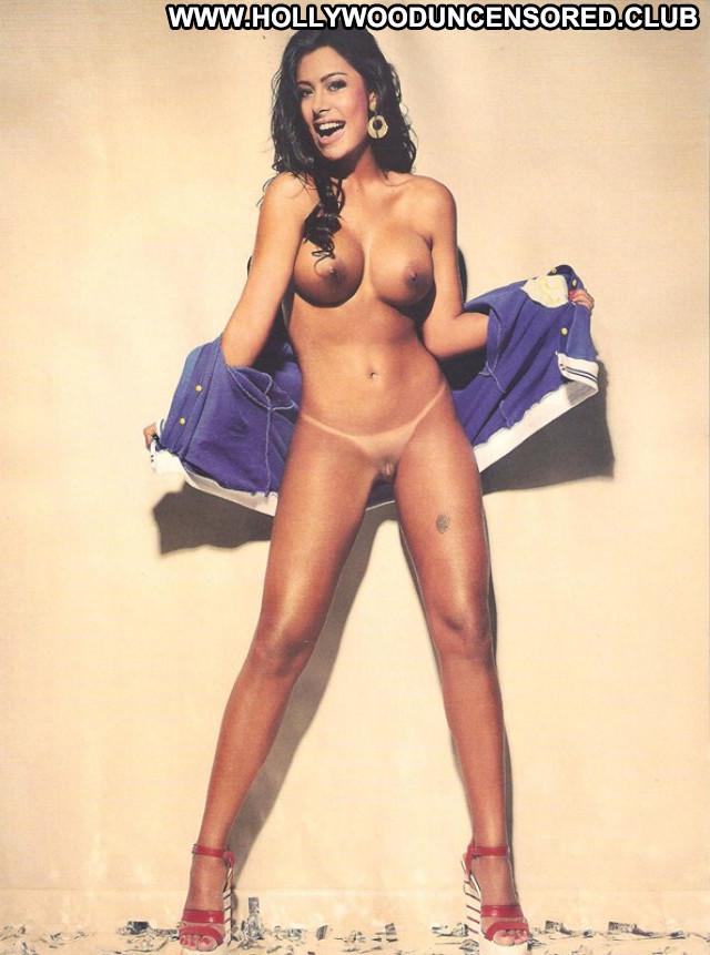 Larissa Riquelme No Source  Sexy Babe New Zealand Public Famous