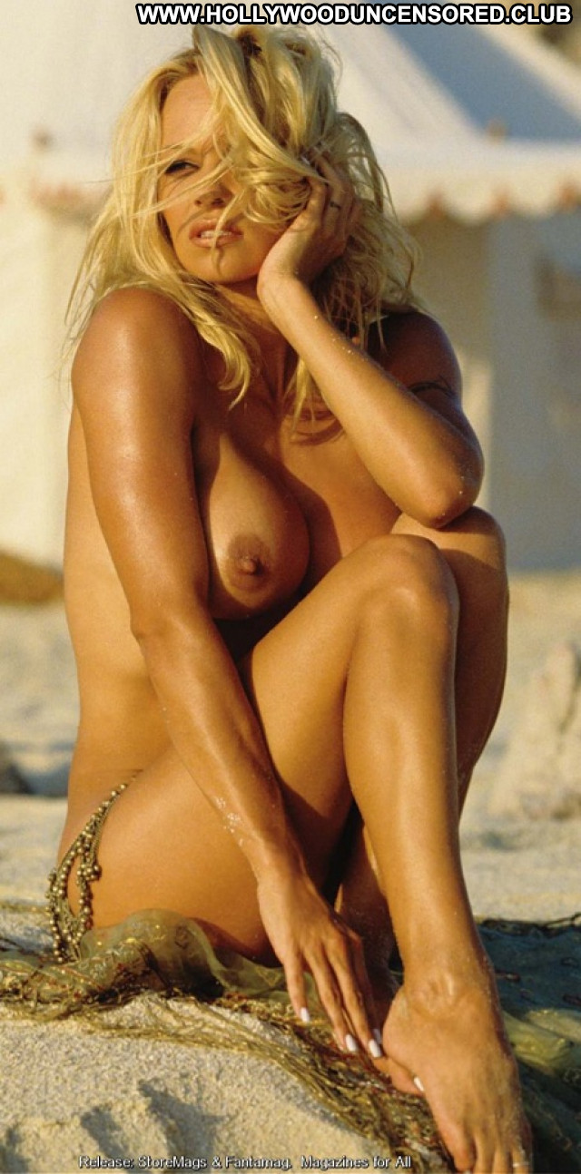Pamela Anderson No Source Playmate Celebrity Babe Topless Beautiful