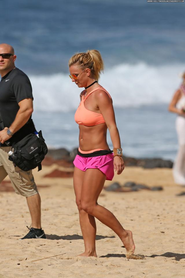 Britney Spears The Beach Nice Celebrity Bikini Hot Posing Hot Beach