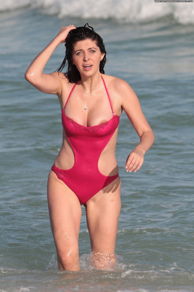 Brittny Gastineau No Source American Posing Hot Beach Babe Celebrity