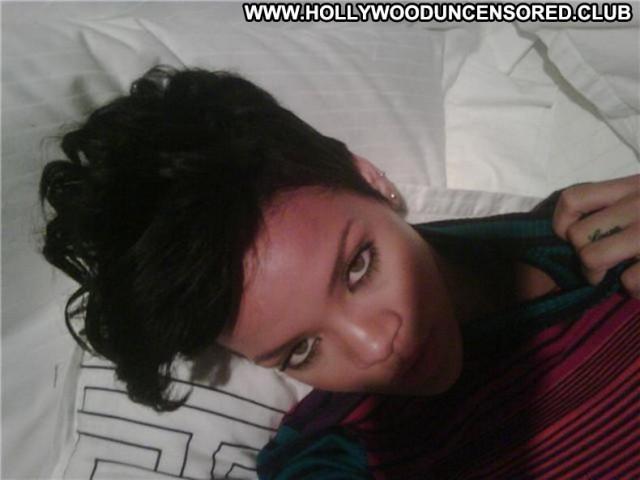 Rihanna Posing Hot Nude Celebrity Babe Singer Beautiful American