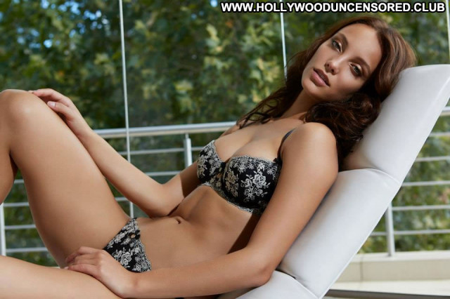 Florence Henderson The Beach Sensual Usa Posing Hot Bikini Mom Babe