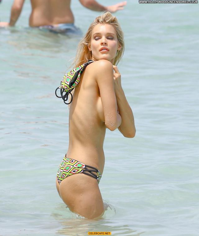 Joy Corrigan No Source Toples Bikini Celebrity Photoshoot Posing Hot