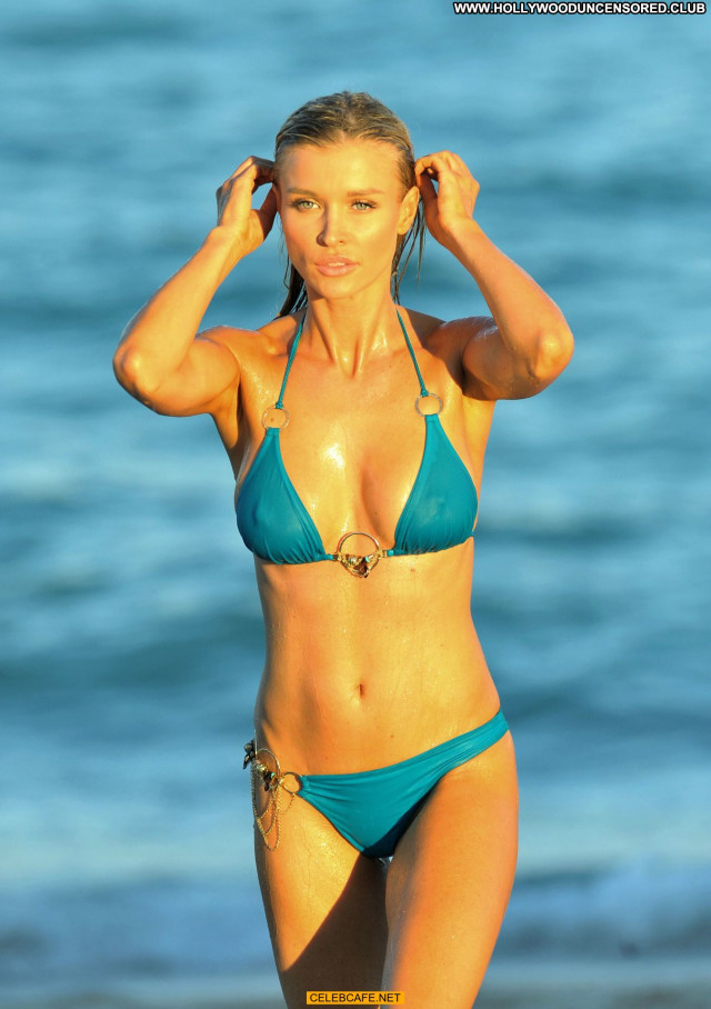 Joanna Krupa No Source Posing Hot Pokies Wet Bikini Beautiful