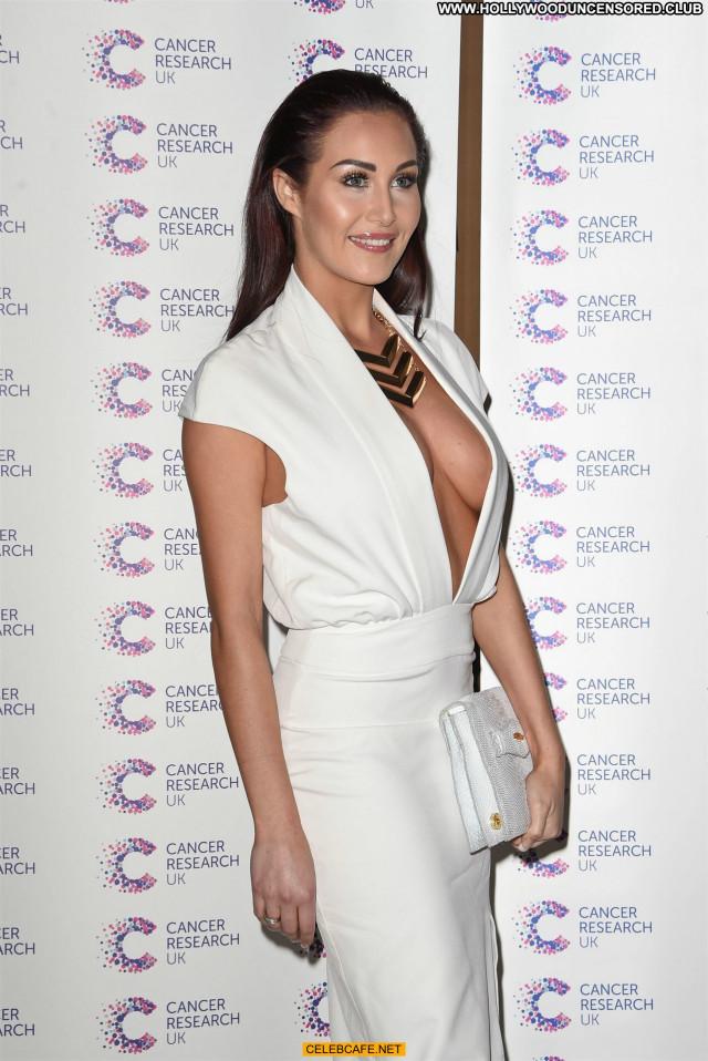 Chloe Goodman No Source Babe Beautiful Sex Posing Hot Cleavage