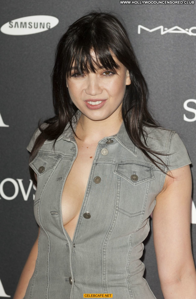 Daisy Lowe No Source Posing Hot Beautiful Private Babe Cleavage Sex
