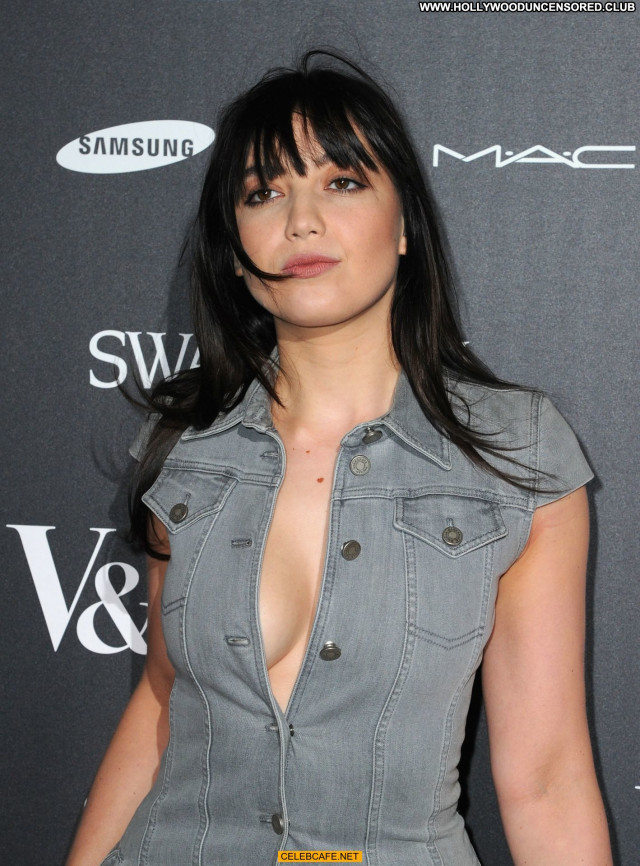 Daisy Lowe No Source Babe Private Cleavage Beautiful Sexy Celebrity
