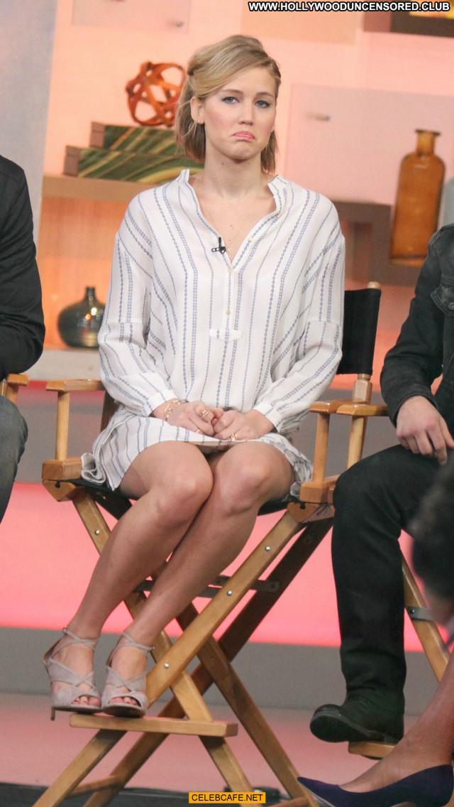 Jennifer Lawrence Good Morning America Babe Sex Legs Celebrity