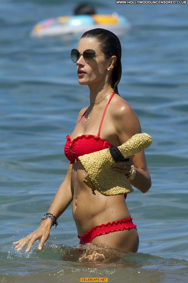 Alessandra Ambrosio No Source Bikini Beautiful Celebrity Babe Hawaii