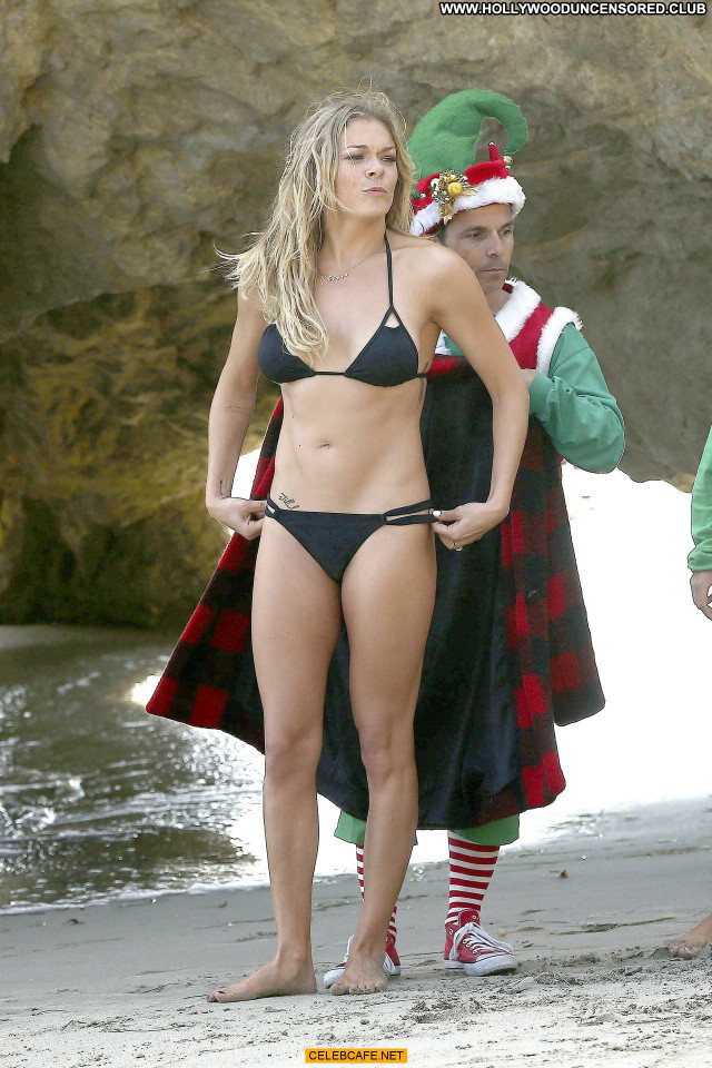 Leann Rimes Malibu Beach Posing Hot Mali Beautiful Bikini Beach Babe