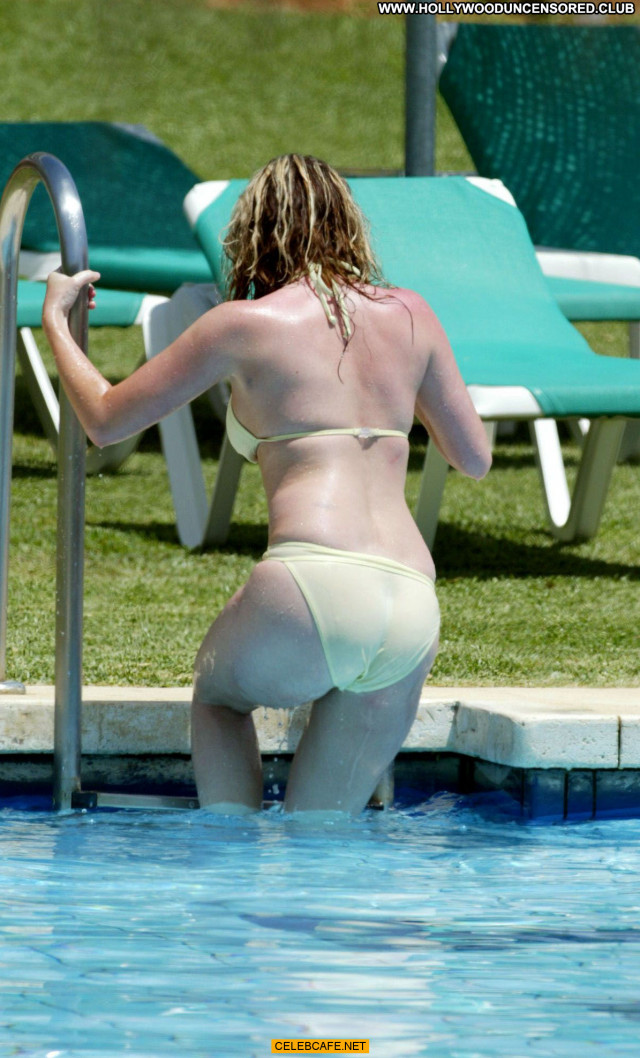 Brooke Kinsella No Source Topless Babe Celebrity Posing Hot Toples