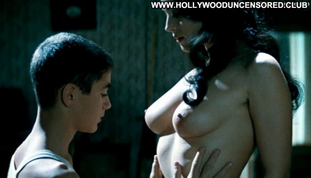 Monica Bellucci The Key Babe Car Posing Hot Celebrity Big Tits