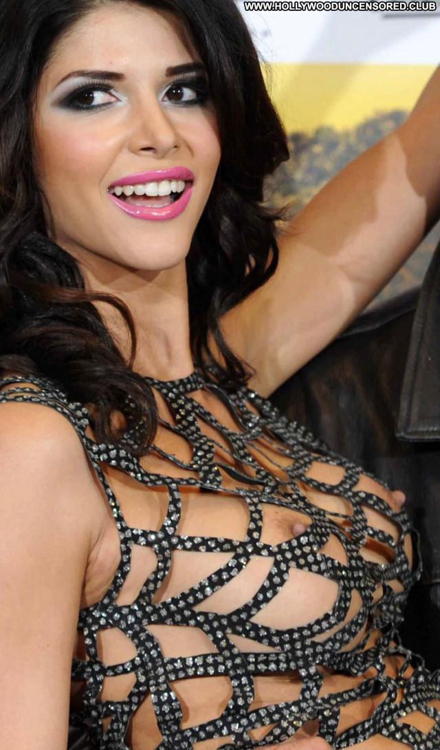 Micaela Schaefer Tuerkisch Fuer Anfaenger Posing Hot Topless Babe