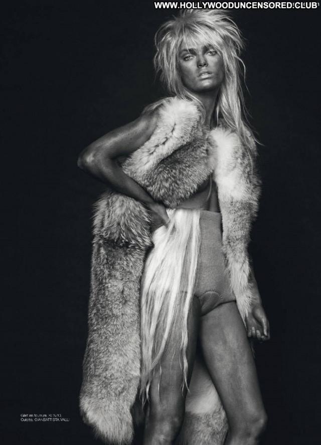 Sophie Vlaming Photo Shoot Toples Big Tits Beautiful Doll Breasts