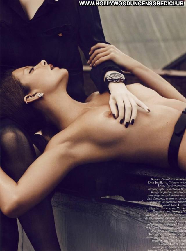 Eniko Mihalik Vogue Magazine Celebrity Model Nipples Topless Toples