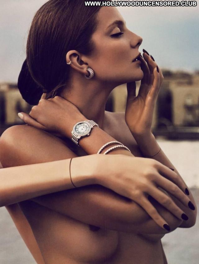 Eniko Mihalik Vogue Magazine Model Beautiful Babe Old Hungarian