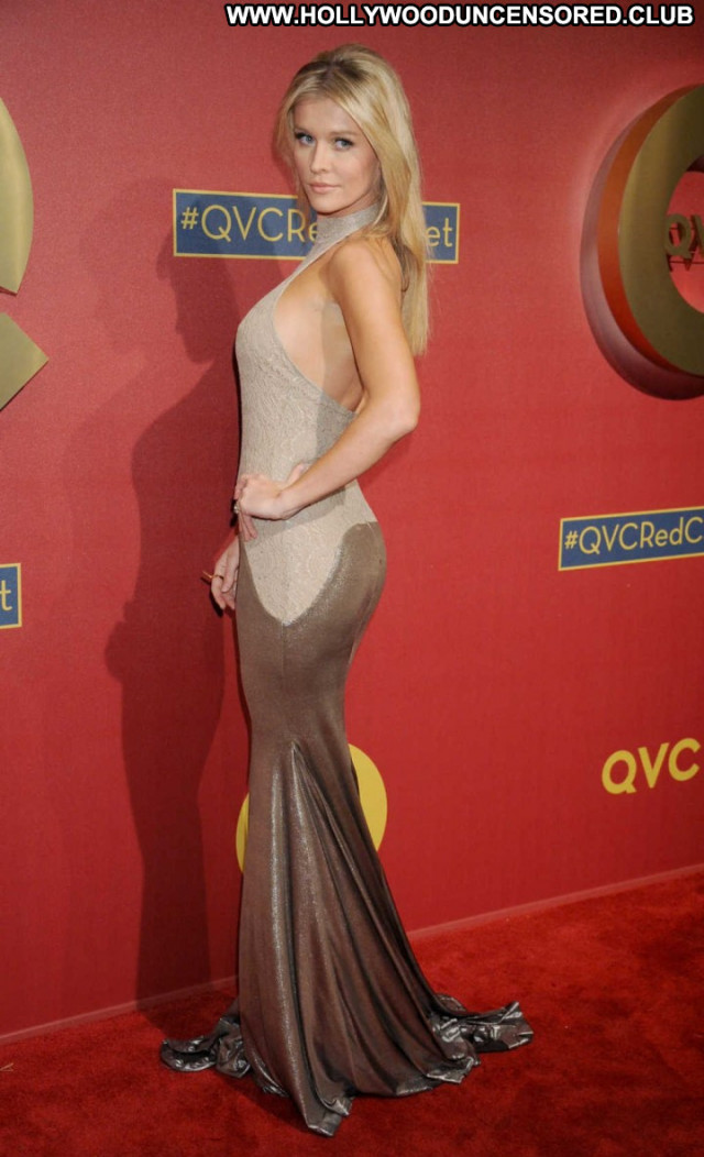 Joanna Krupa Beverly Hills Party Red Carpet Car Paparazzi Babe Posing