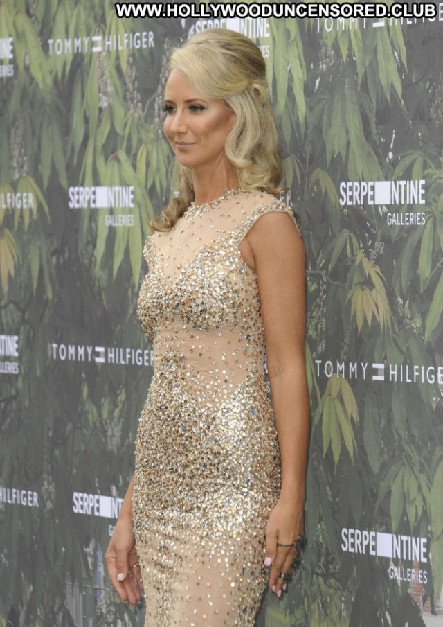 Victoria Hervey Summer Party Beautiful Celebrity Posing Hot Babe