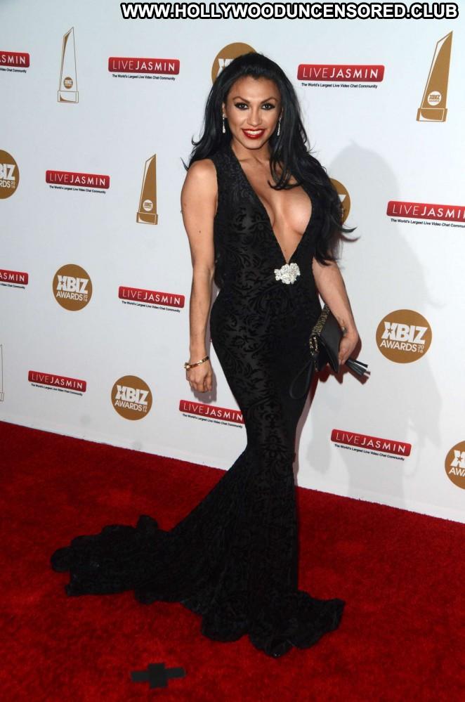 Jessy Dubai Los Angeles Celebrity Beautiful Babe Posing