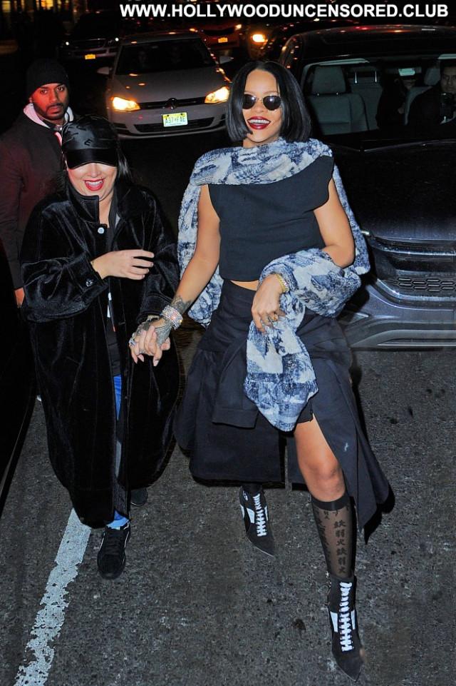 Rihanna Fashion Show Club New York Night Club Babe Fashion Posing Hot
