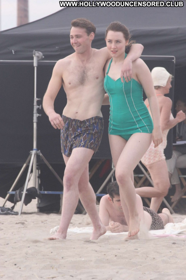 Saoirse Ronan New York Babe Celebrity New York Paparazzi Swimsuit