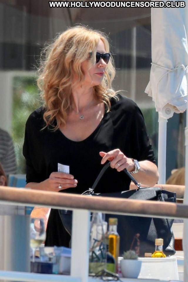 Veronica Ferres No Source  Posing Hot Hotel Beautiful Celebrity Hot