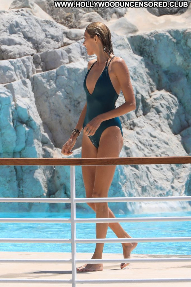 Charlotte Gainsbourg Anna Nicole Bar Babe Mali Hat Swimsuit London