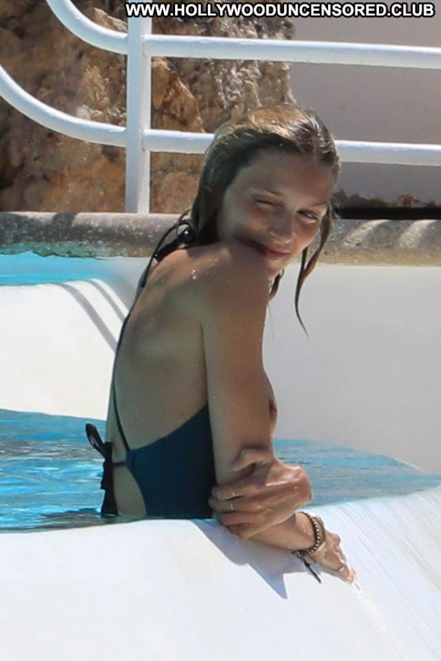 Charlotte Gainsbourg Anna Nicole Male Bra Tits Sex Chick Nyc Car Porn