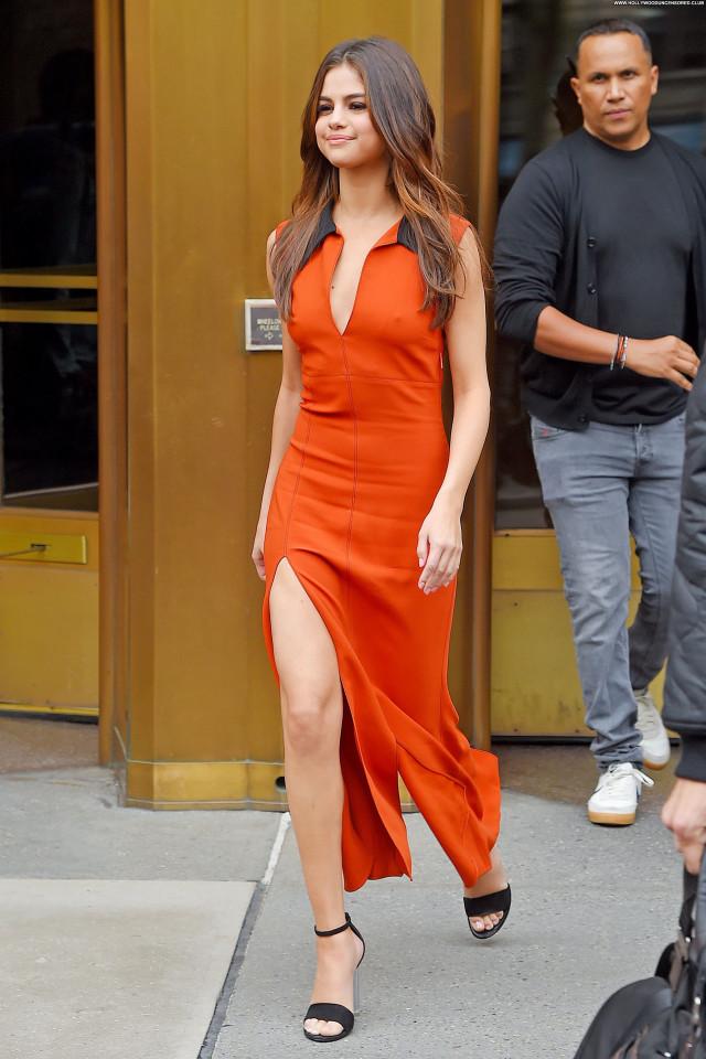 Selena Gomez New York Singer New York Babe Twitter Pokies Actress
