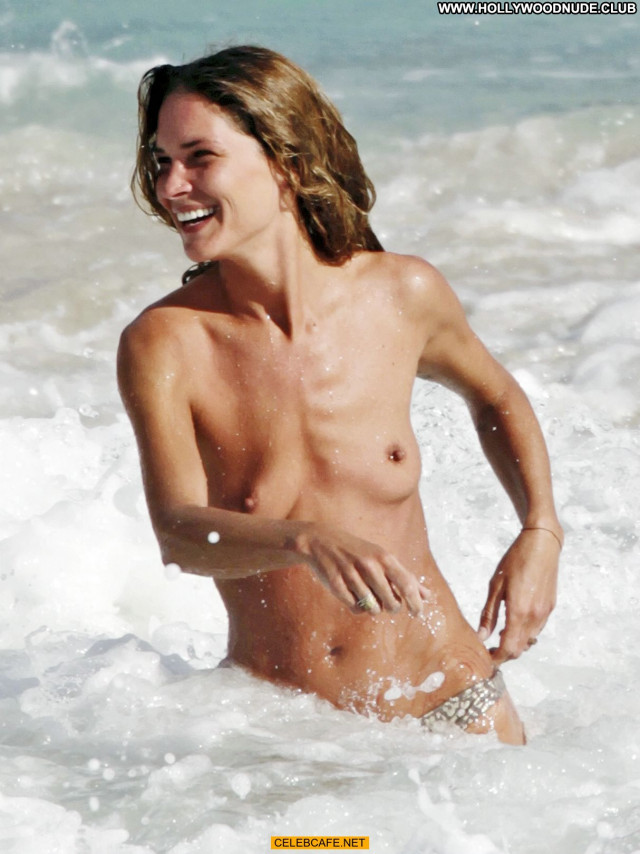 Erin Wasson No Source Celebrity Beach Toples Babe Topless Posing Hot