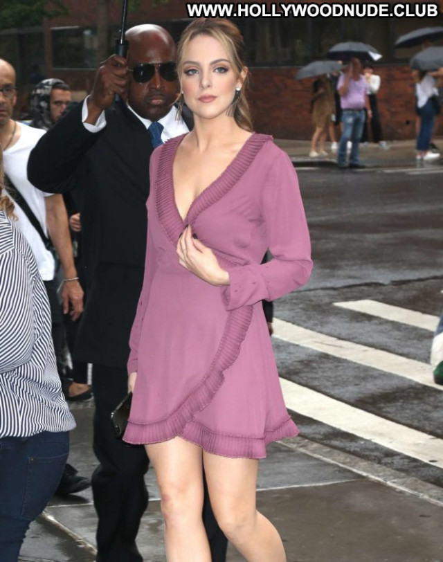 Elizabeth Gillies No Source Babe Nyc Paparazzi Celebrity Posing Hot