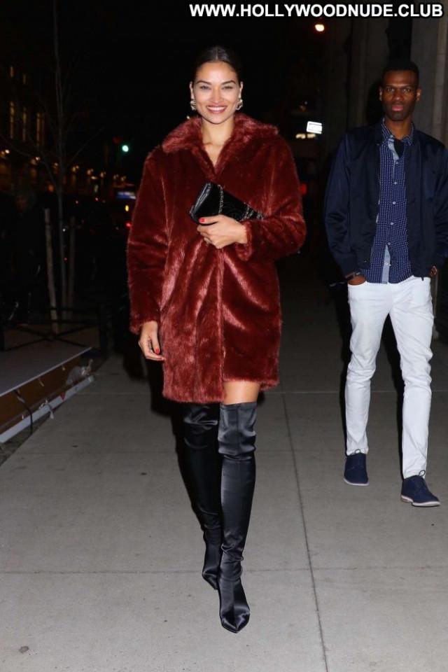 Shanina Shaik No Source Nyc Beautiful Posing Hot Celebrity Party Babe