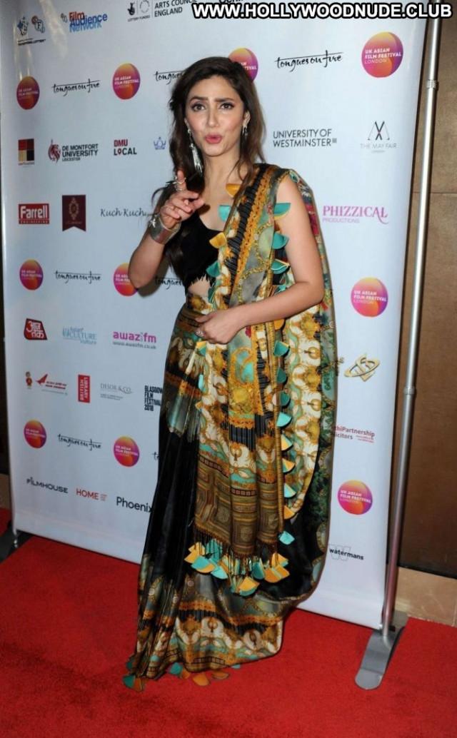 Mahira Khan No Source Celebrity Paparazzi Asian Babe Beautiful Uk