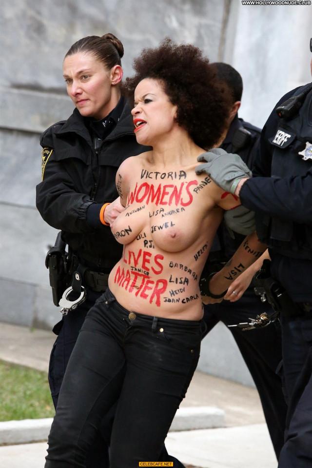 Nicolle Rochelle No Source Paparazzi Beautiful Babe Topless Public
