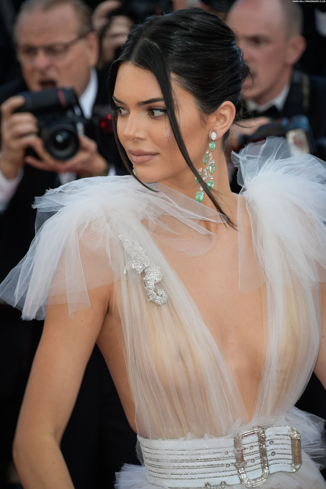 Reply Cannes Film Festival Posing Hot Babe Sex Red Carpet Beautiful