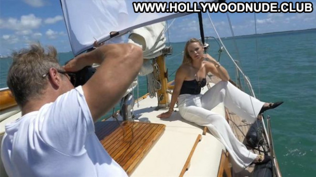 Caroline Wozniacki S Magazine Beautiful Babe Paparazzi Celebrity