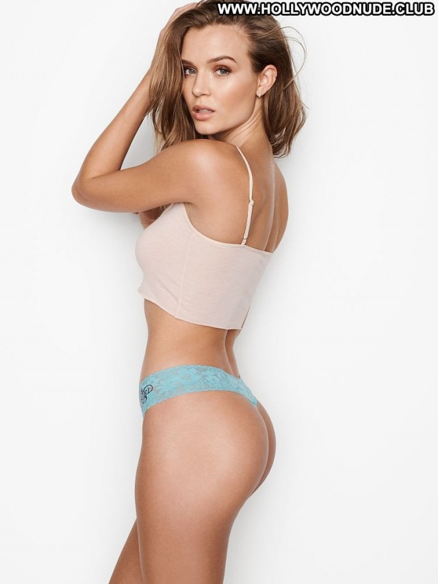 Jennifer Nicole Lee D Mode Model Posing Hot Asses Female Bikini Old