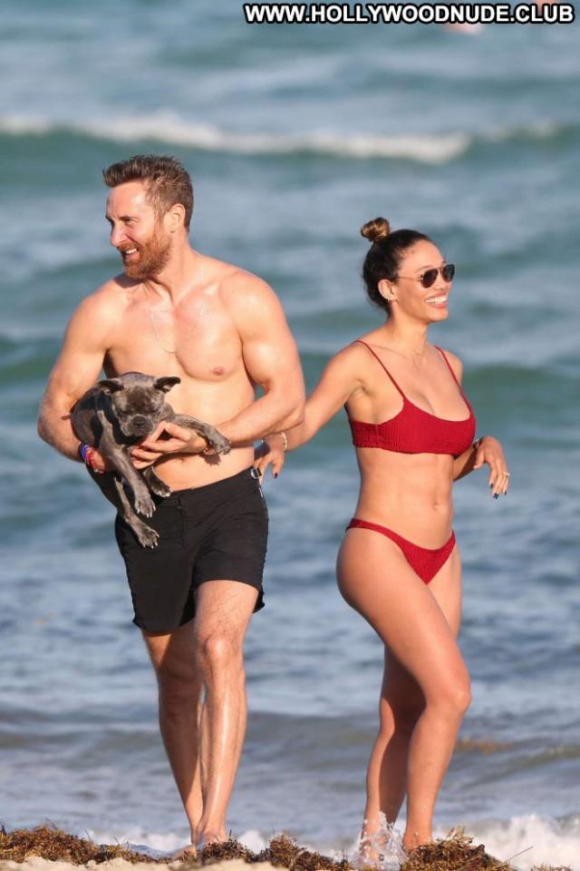 Jessica Miami Beach Babe Celebrity Paparazzi Beautiful Bikini Posing