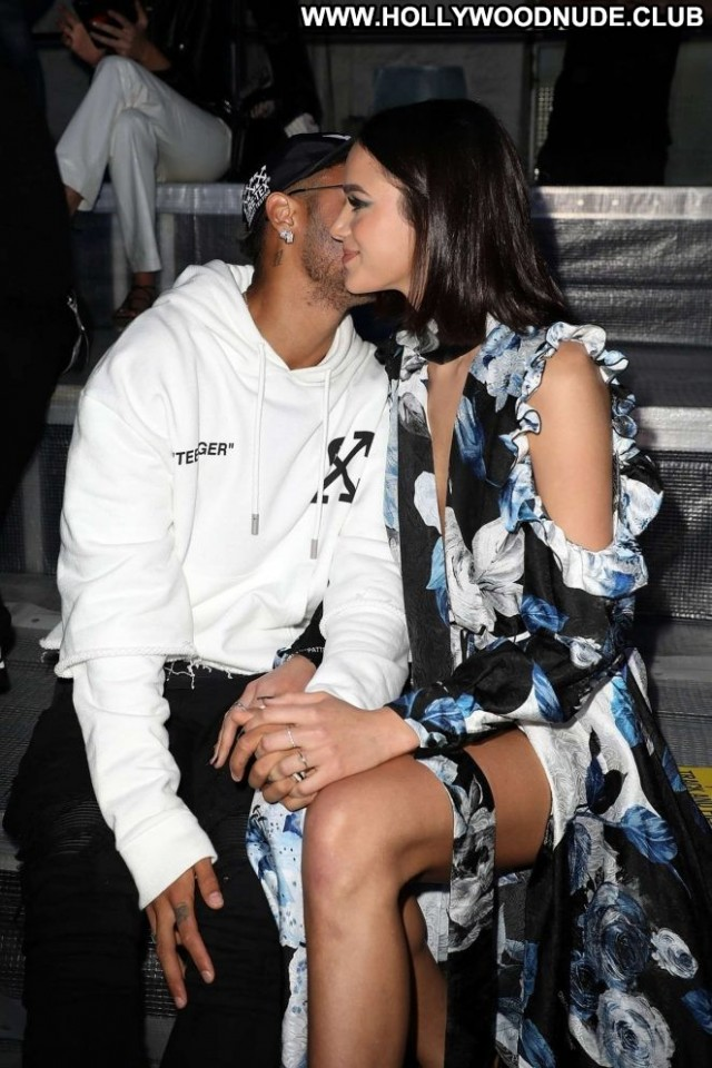 Bruna Marquezine Fashion Show Celebrity Paparazzi Paris Fashion