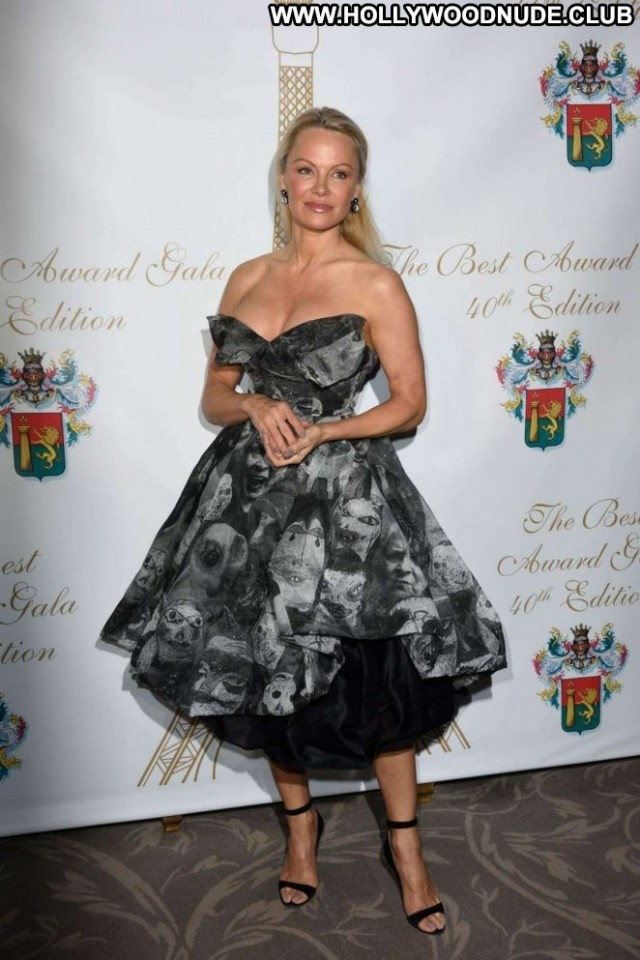 Pamela Anderson No Source Celebrity Paris Beautiful Babe Posing Hot