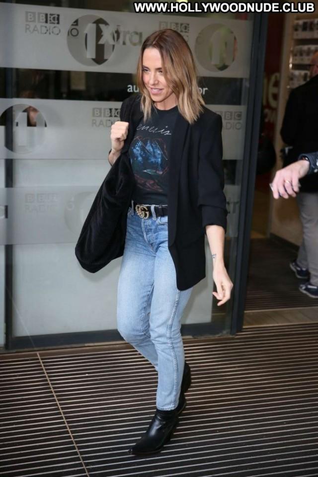 Melanie Chisholm No Source Beautiful Posing Hot London Celebrity Babe