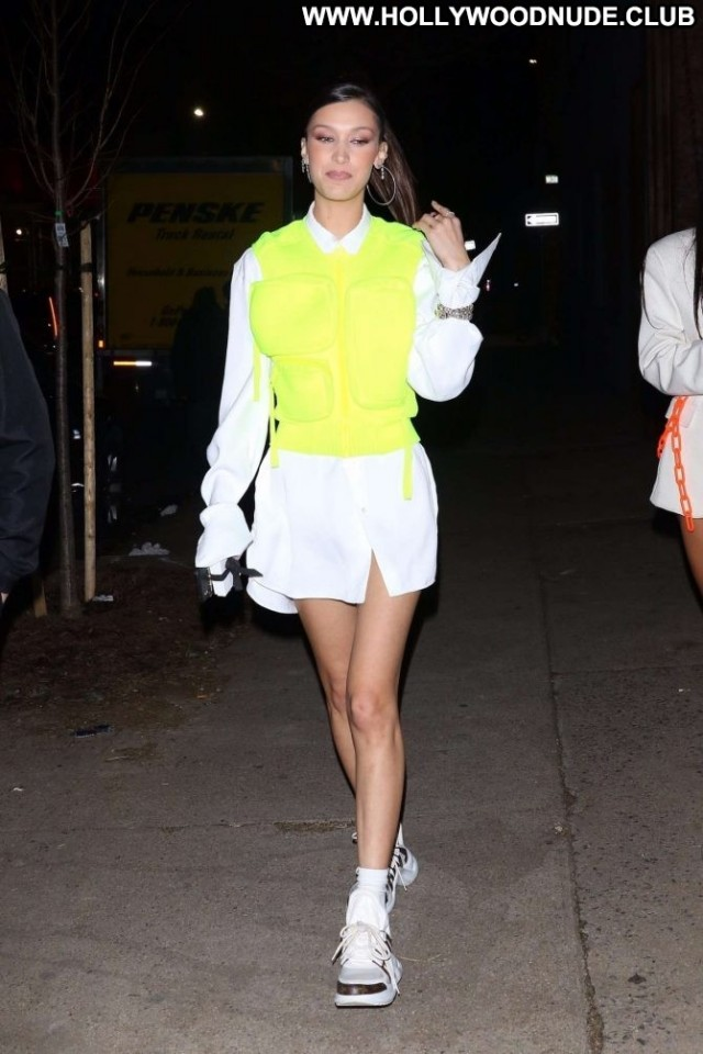 Bella Hadid No Source  Paparazzi Nyc Babe Posing Hot Beautiful