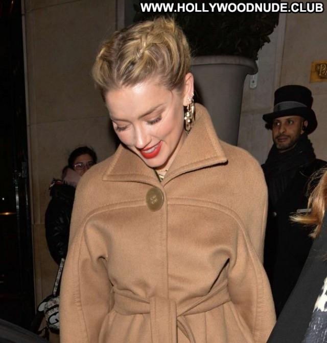 Amber Heard No Source Babe Beautiful Paris Paparazzi Celebrity Posing